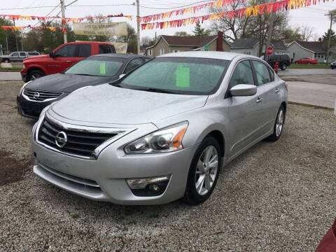 2015 Nissan Altima for sale at Antique Motors in Plymouth IN