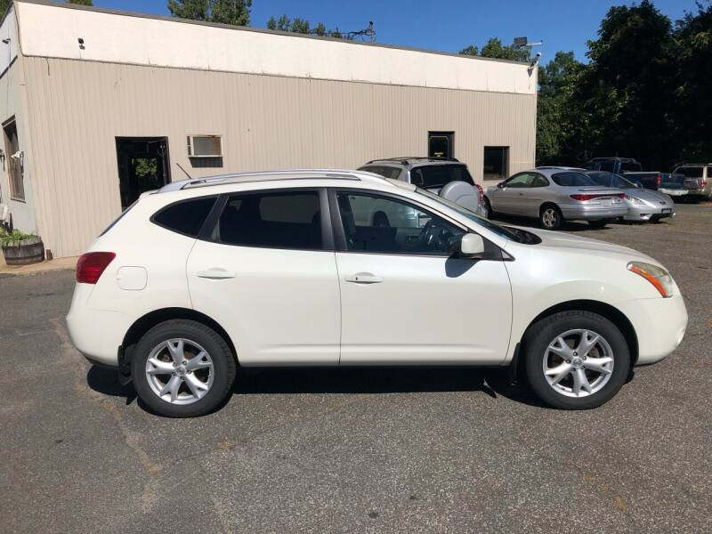 2009 Nissan Rogue for sale at New Look Auto Sales Inc in Indian Orchard MA