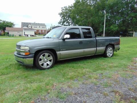 2001 Chevrolet Silverado 1500 for sale at CR Garland Auto Sales in Fredericksburg VA
