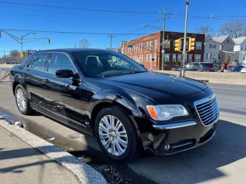 2014 Chrysler 300 for sale at G1 AUTO SALES II in Elizabeth NJ