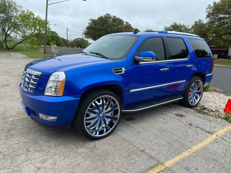 2007 Cadillac Escalade for sale at EA Motorgroup in Austin TX
