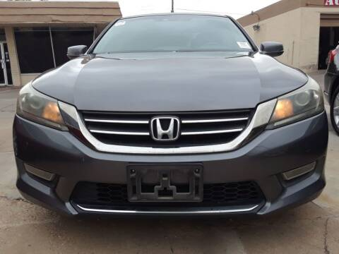 2013 Honda Accord for sale at Auto Haus Imports in Grand Prairie TX