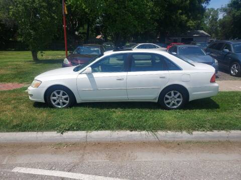 2002 Toyota Avalon for sale at D & D Auto Sales in Topeka KS