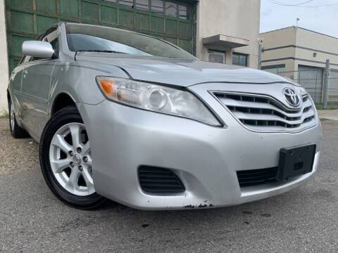 2011 Toyota Camry for sale at O A Auto Sale - O & A Auto Sale in Paterson NJ