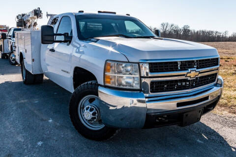 2008 Chevrolet Silverado 3500HD for sale at Fruendly Auto Source in Moscow Mills MO