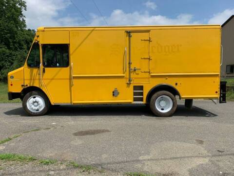 2014 Freightliner MT55 Chassis