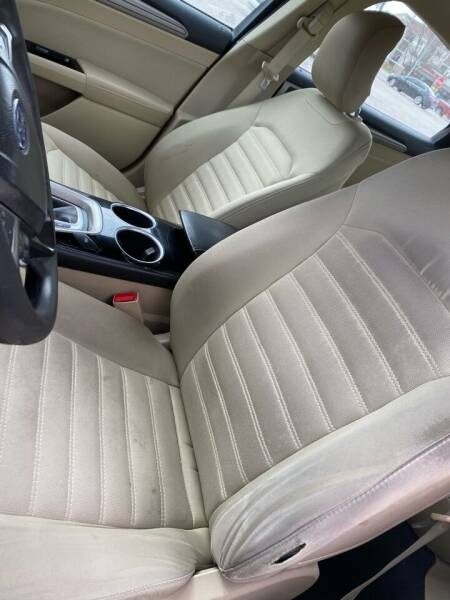 2013 Ford Fusion for sale at Locust Auto Sales in Davenport IA