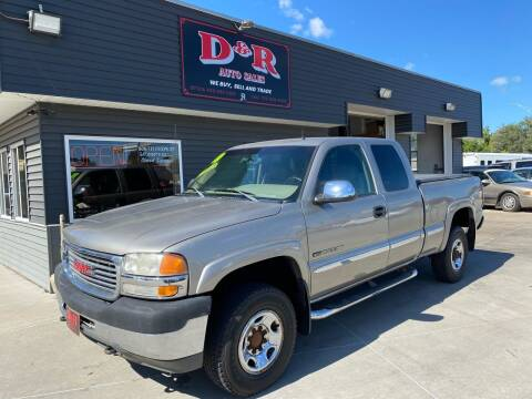 2001 GMC Sierra 2500HD for sale at D & R Auto Sales in South Sioux City NE