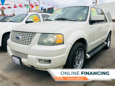 2005 Ford Expedition for sale at Credit World Auto Sales in Fresno CA