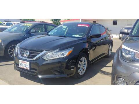 2018 Nissan Altima for sale at Dealers Choice Inc in Farmersville CA