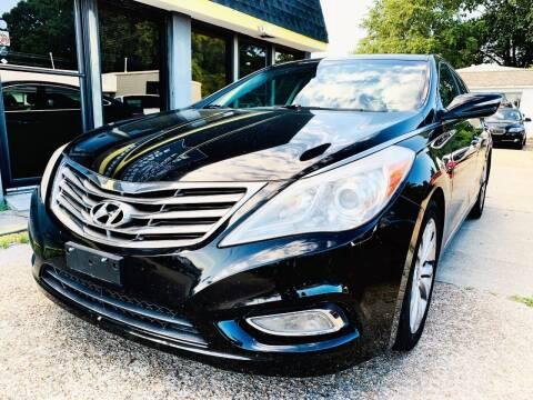2012 Hyundai Azera for sale at Auto Space LLC in Norfolk VA