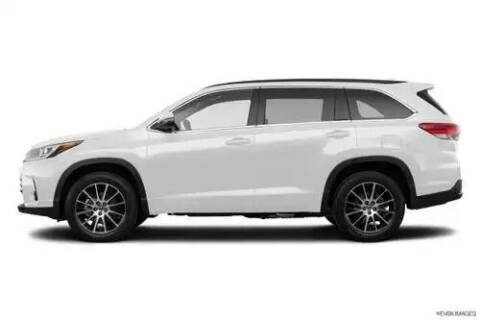 2019 Toyota Highlander for sale at Access Auto Direct in Baldwin NY