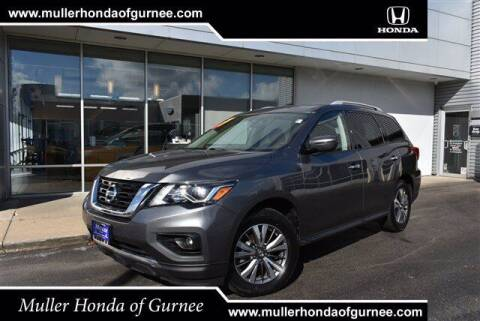 2019 Nissan Pathfinder for sale at RDM CAR BUYING EXPERIENCE in Gurnee IL