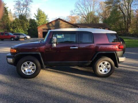2007 Toyota FJ Cruiser for sale at Lou Rivers Used Cars in Palmer MA