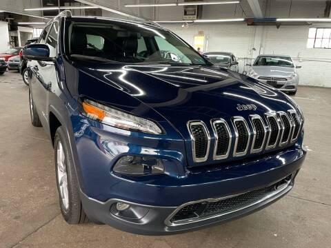 2018 Jeep Cherokee for sale at John Warne Motors in Canonsburg PA