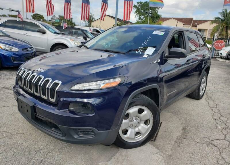 2015 Jeep Cherokee for sale at Barbie's Autos Corp in Miami FL