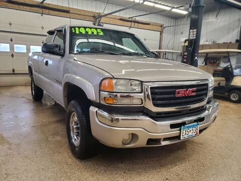 2005 GMC Sierra 2500HD for sale at Sand's Auto Sales in Cambridge MN
