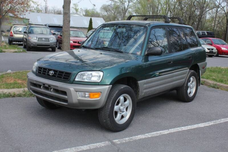 1998 Toyota RAV4 for sale at Auto Bahn Motors in Winchester VA