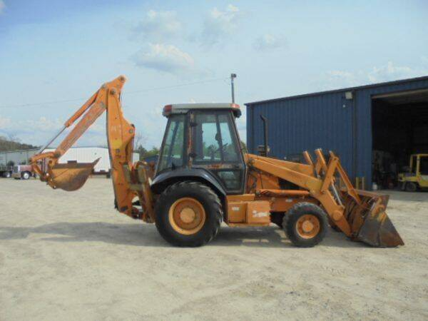 2000 Case IH  Backhoe for sale at Vehicle Network - Dick Smith Equipment in Goldsboro NC