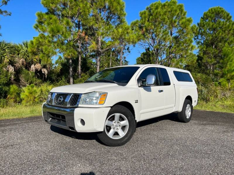 2004 Nissan Titan for sale at VICTORY LANE AUTO SALES in Port Richey FL