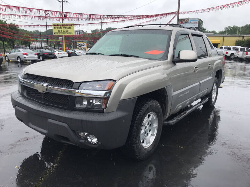2002 Chevrolet Avalanche for sale at IMPALA MOTORS in Memphis TN
