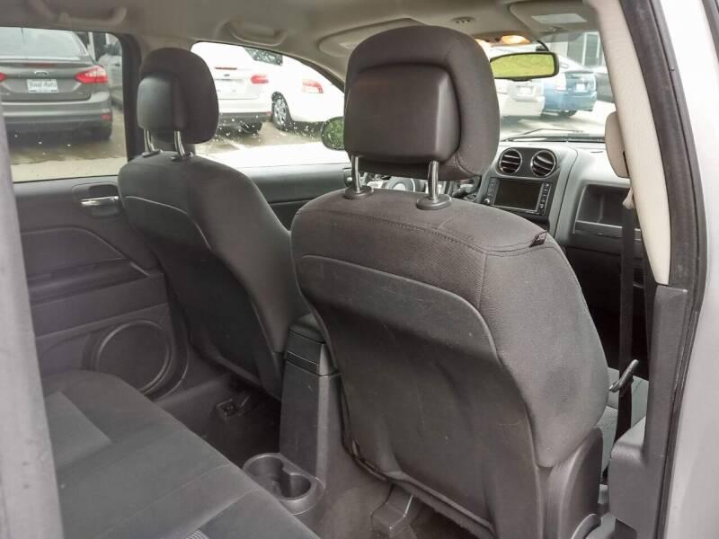 2011 Jeep Compass 4x4 Latitude 4dr SUV - Alpharetta GA