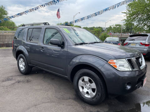 2011 Nissan Pathfinder for sale at Riverside Wholesalers 2 in Paterson NJ