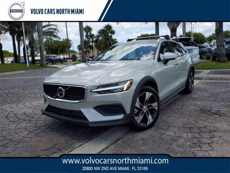 2020 Volvo V60 Cross Country for sale in Miami, FL