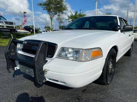 2009 Ford Crown Victoria for sale at Classic Car Deals in Cadillac MI