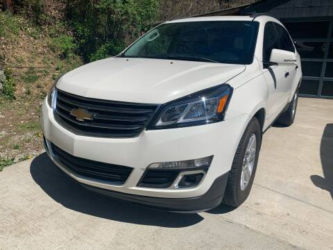 2013 Chevrolet Traverse for sale at Day Family Auto Sales in Wooton KY