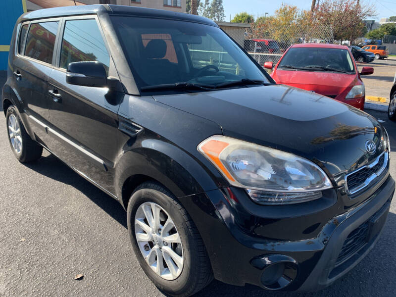 2012 Kia Soul for sale at CARZ in San Diego CA