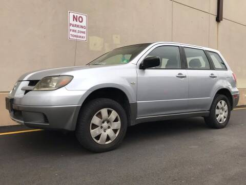 2004 Mitsubishi Outlander for sale at International Auto Sales in Hasbrouck Heights NJ