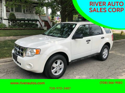 2009 Ford Escape for sale at RIVER AUTO SALES CORP in Maywood IL