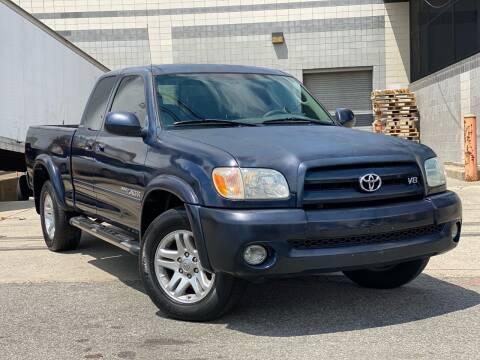 2005 Toyota Tundra for sale at Illinois Auto Sales in Paterson NJ