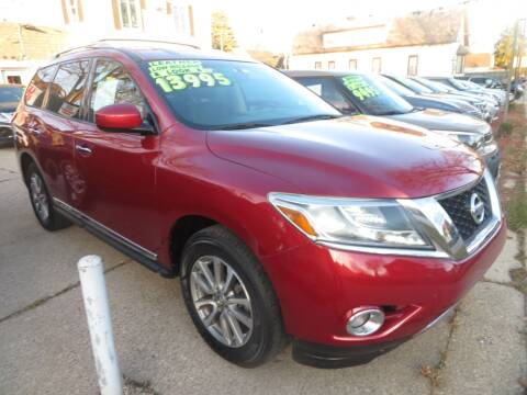 2013 Nissan Pathfinder for sale at Uno's Auto Sales in Milwaukee WI