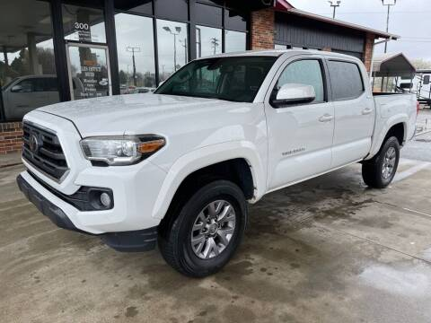 2018 Toyota Tacoma for sale at Modern Automotive in Boiling Springs SC
