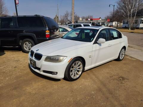 2011 BMW 3 Series for sale at Nelson's Straightline Auto in Independence WI