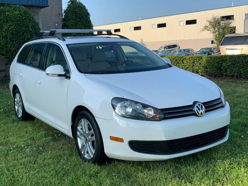 2011 Volkswagen Jetta for sale at Essen Motor Company, Inc in Lebanon TN