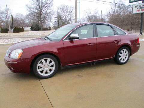 2007 Ford Five Hundred for sale at Crossroads Used Cars Inc. in Tremont IL