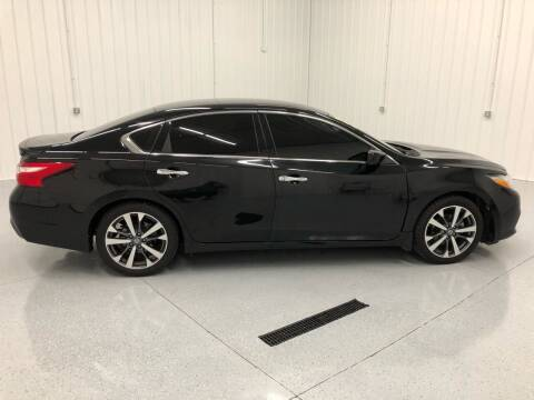 2016 Nissan Altima for sale at Wildcat Used Cars in Somerset KY