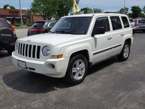 2010 Jeep Patriot for sale at AUTOSAVIN in Elmhurst IL
