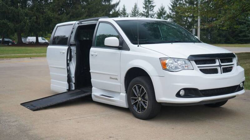 2017 Dodge Grand Caravan for sale at Grand Financial Inc in Solon OH