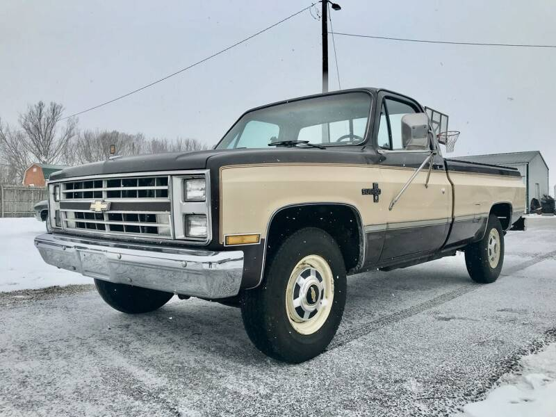 1986 Chevrolet C/K 20 Series for sale at 500 CLASSIC AUTO SALES in Knightstown IN