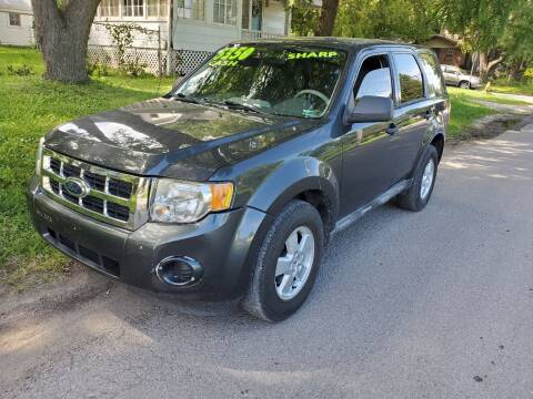 2009 Ford Escape for sale at Street Side Auto Sales in Independence MO