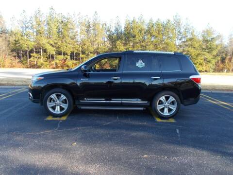 2013 Toyota Highlander for sale at A & P Automotive in Montgomery AL