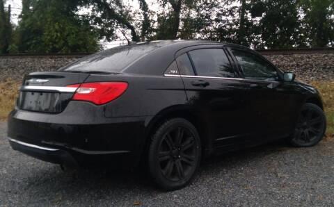 2013 Chrysler 200 for sale at Abingdon Auto Specialist Inc. in Abingdon VA