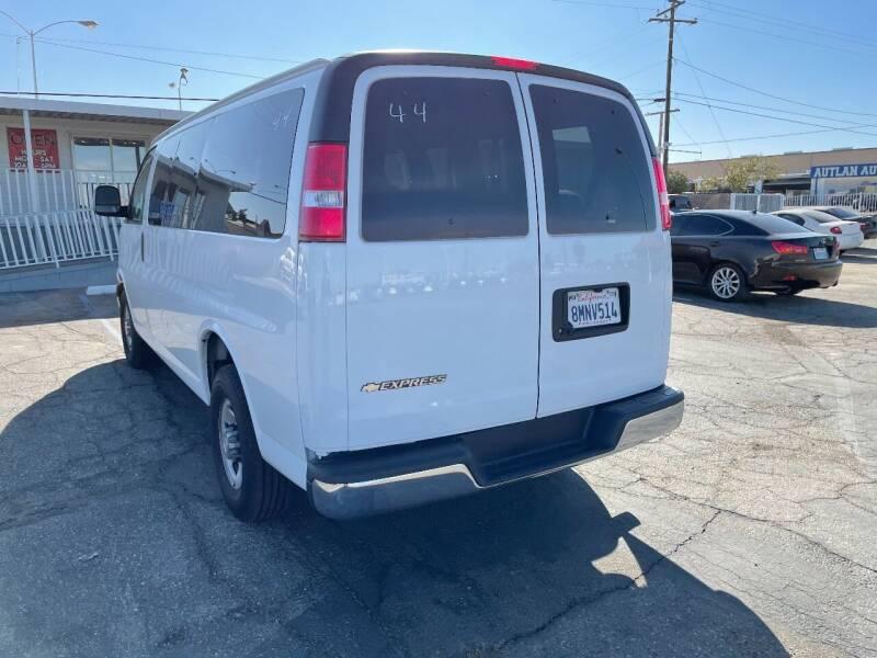 2020 Chevrolet Express Passenger for sale at ELITE MOTORS in Victorville CA