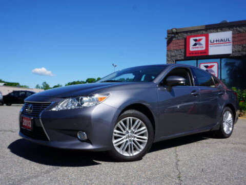2013 Lexus ES 350 for sale at AutoCredit SuperStore in Lowell MA