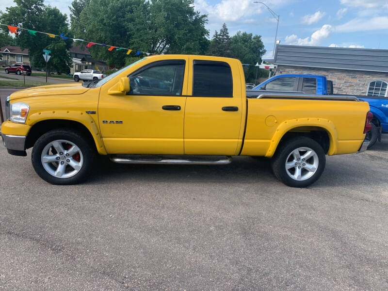 2008 Dodge Ram Pickup 1500 for sale at Los Arreglados Auto Sales in Worthington MN
