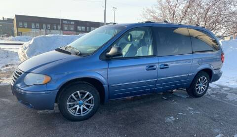 2007 Chrysler Town and Country for sale at Tower Motors in Brainerd MN
